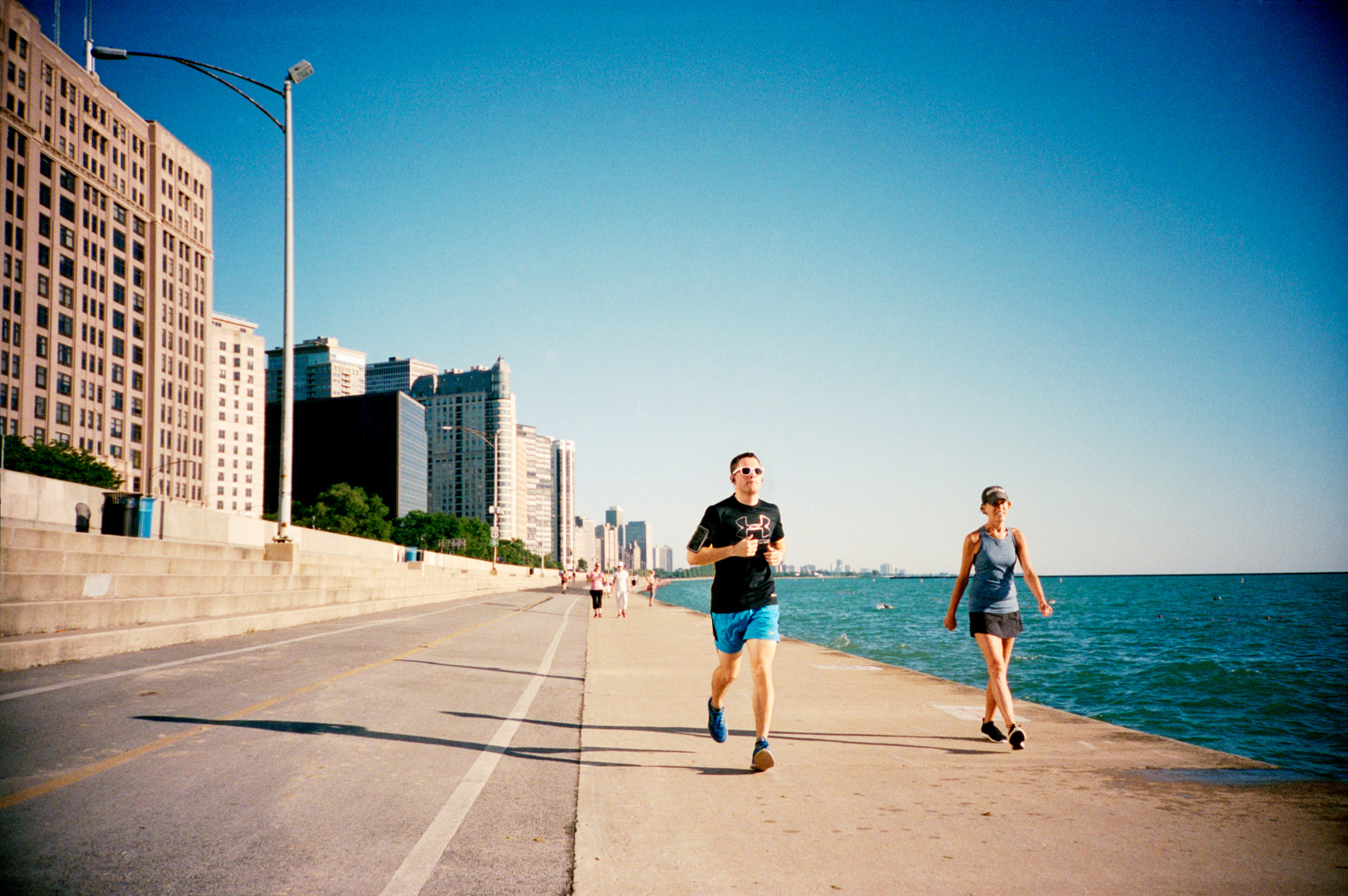 run along Lake Michigan in Chicago, Webb Chappell lifestyle photography