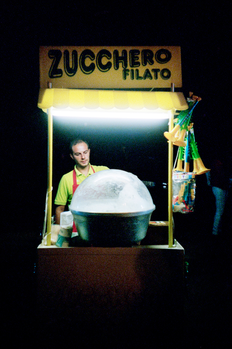 cotton candy vendor, Ostuni, nightlife Puglia