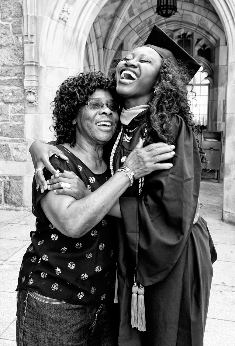 portrait KIPP Graduate with her mom at Boston College