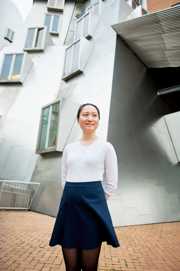 portrait of Yifei Li at MIT for Northeastern School Of Professional Studies