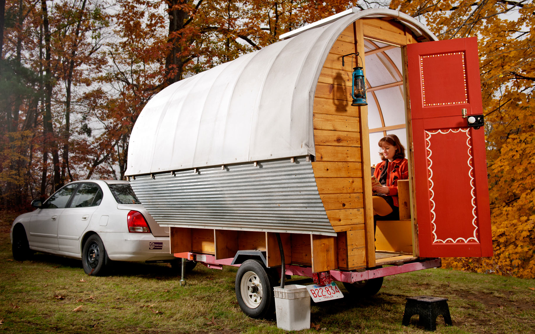 Tristan Chambers and Libby Reinish building a caravan project for Popular Science Magazine